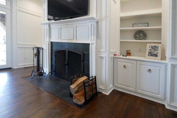 familyroomfireplace
